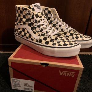 Sk8 Hi Checkered Vans